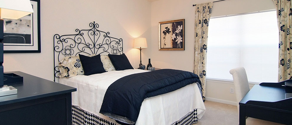 ansley-place-gal-bedroom