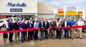 Stirling Properties Celebrates the Grand Re-Opening of Cornerview Plaza in Gonzales, Louisiana