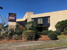 BB&T Building located at 200 West Laurel Avenue in Foley, AL.